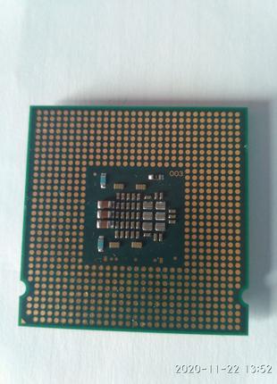 Процесор Intel E2180