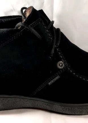 Стильные зимние замшевые ботинки BERTONI.41,42,44.
