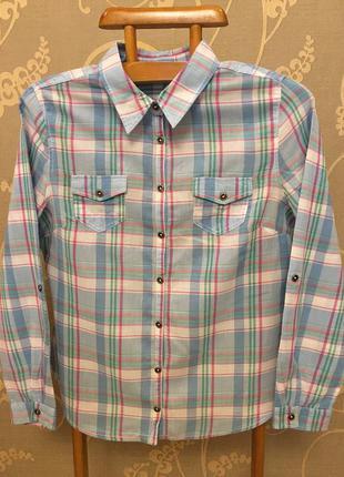 Очень красивая и стильная брендовая рубашка в клетку..100% коттон