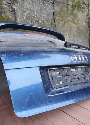 Кришка багажника AUDI A3 8P (3D)