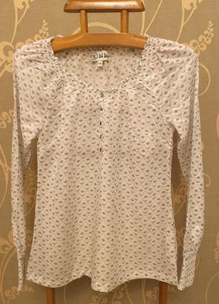 Очень красивая и стильная брендовая блузка..100% викоза.