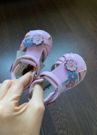 Босоножки сандалии на девочку шалунишка geox