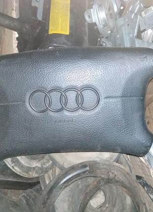 Подушка безопасности Audi