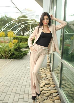 Классический женский костюм,двойка - брюки и пиджак,новый, раз...