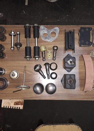 Запчасти на москвич 412, колодки, диск, накладки, подушка