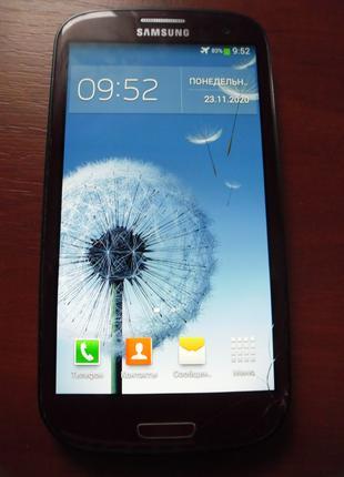 Мобильный телефон Samsung Galaxy S3 16 ГБ оригинал .