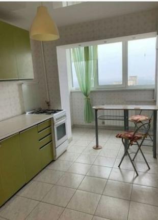 Уютная 1 ком. кварт. на Сырце м. Сырец 10 мин. № 11192398