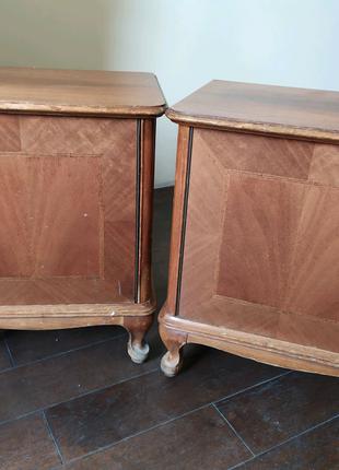 Деревянные прикроватные тумбочки винтаж, гнутые ножки под барокко