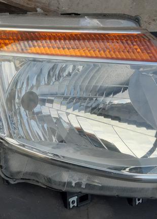 Ford Ranger фара правая 1734810