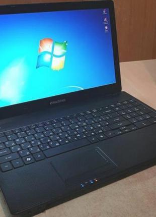 Игровой ноутбук eMaсhines E732ZG.