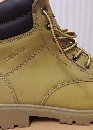 Мужские ботинки размер 39