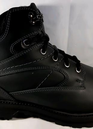 Стильные зимние ботинки MIDA , стиль комфорт.40,41,42,45.