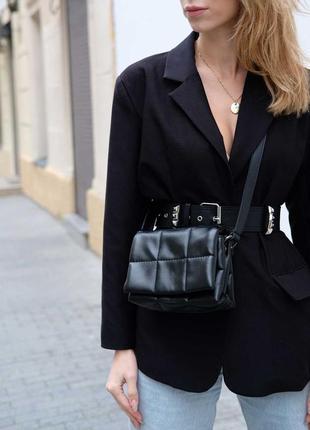 Маленькая черная сумка через плечо кросс-боди