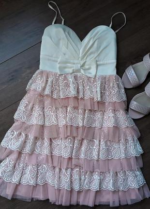 Коктейльное нарядное платье с фатином размер xs -s