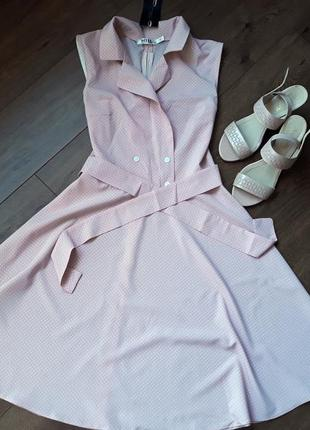 Легкое нежно-розовое платье в горох с юбкой солнце-клеш размер m