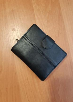 Чёрный кожаный компактный кошелёк унисекс женский мужской