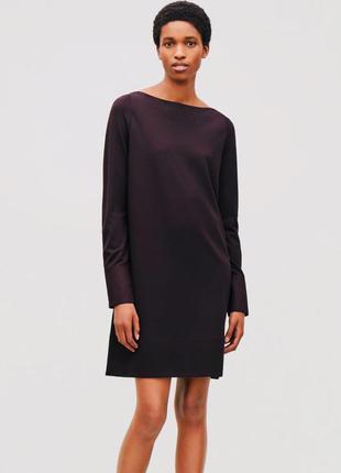 Платье миди темно фиолетовое/пурпурное с длинным рукавом от cos