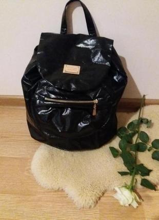 Красивый, модный рюкзак  турция