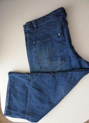 Укороченные джинсы  на 54 разм.