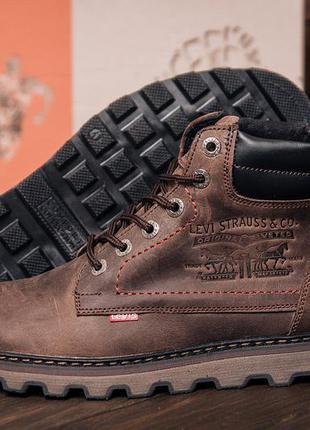 Мужские зимние кожаные ботинки levis expensive chocolate
