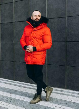 Мужская красная зимняя куртка с мехом