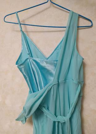 Шёлковое голубое платье