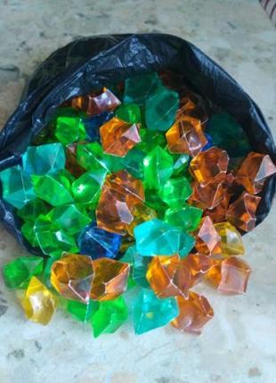 Декоративные камни, камни для украшения, цветные камушки