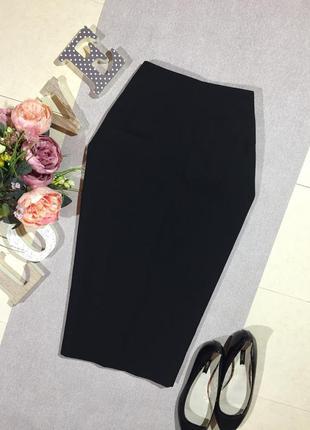 Брендовая классическая чёрная юбка.