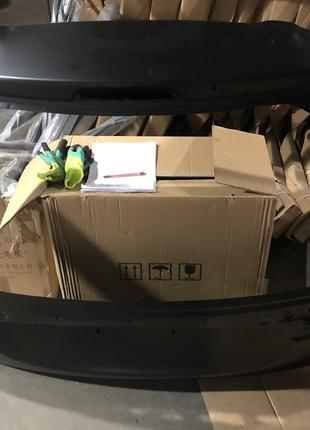 Mitsubishi outlender NEW крышка багажника 16-18г.