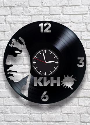 """""""кино виктор цой"""" - настенные часы из виниловых пластинок. уни..."""