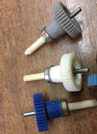 Шестерня d16 * 8-L33 електробритви