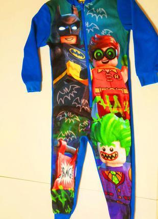 Новогодний карнавальный костюм batman на 5-6 лет