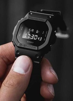 Часы мужские Casio G-Shock dw-5600bb-1er (полностью черные)