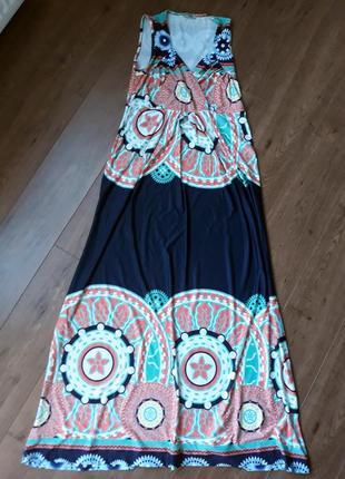 Платье в пол с ярким принтом размер l