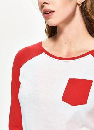 Новая белая кофта лонгслив блузка sinsay красные рукава карман...