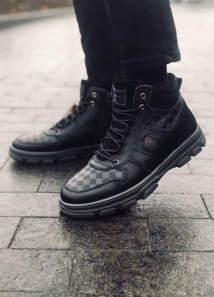 Кожаные ботинки мужские)