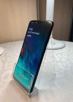 Продам Samsung A50 «Идеал»