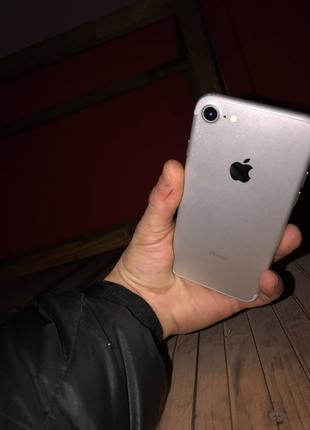 iPhone 7,32 r sim на запчасти
