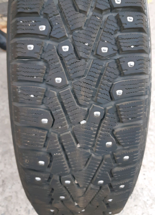 Зимние шины 185 65 R15 Pirelli Ice Zero