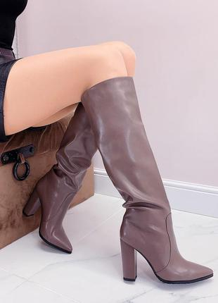 Шикарные высокие сапоги деми на каблуке