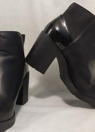 Женские ботинки туфли на каблуке Pull & Bear размер 36