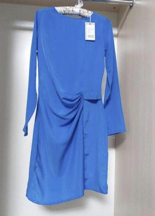 Шелковое платье небесно синего цвете