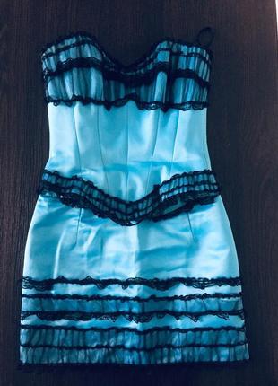 Нарядное платье с корсетом , гипюр