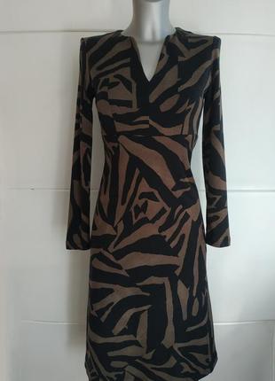 Изумительное платье люксового бренда max mara с животным принтом