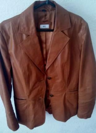 Женская куртка. Натуральная кожа, р-р 44