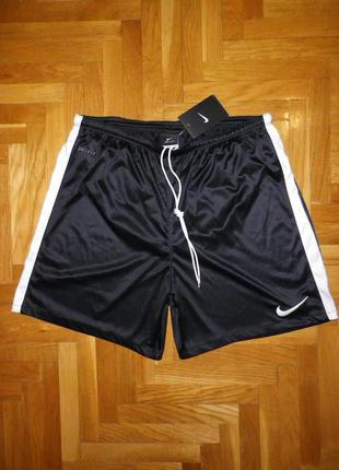 Шорты NIKE DRI-FIT (Sri Lanka) original L