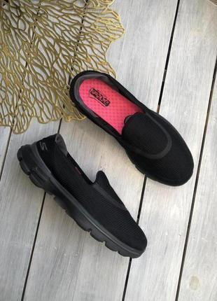 Skechers go walk комфортные спортивные мокасины
