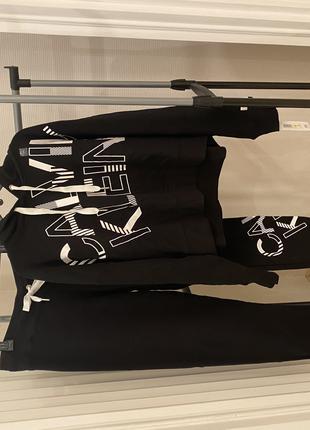 Костюм Calvin Klein на флисе