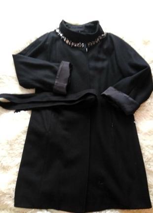 Пальто черное,размер 46