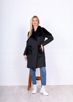 Женское зимние пальто.